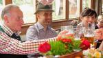Claudio Pizarro y Josep Guardiola disfrutaron del Oktoberfest con sus compañeros del Bayern Munich - Noticias de trajes típicos