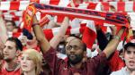 Arsenal: Hincha perdió su casa por apostar que ganaba al Manchester United - Noticias de henry dhabasani