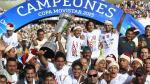 Universitario: hinchas cremas podrán fotografiarse con el trofeo de campeón - Noticias de copa movistar 2013
